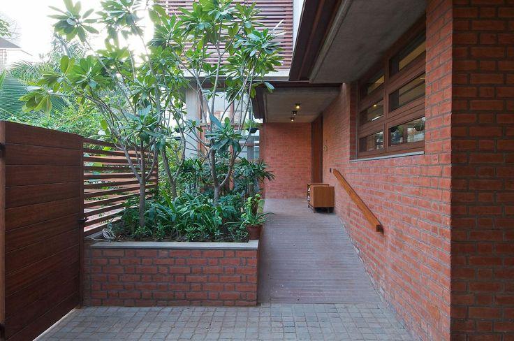 Dinding bata ekspos untuk area outdoor atau dinding luar rumah