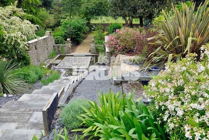 86 best images about jardins en pente on pinterest terraced garden gardens and raised beds - Photos jardins en pente ...