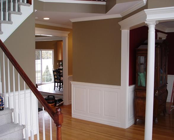 Waynes coating ideas wainscoting gallery wainscoting for Dining room paneling ideas