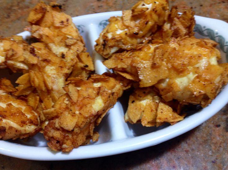 Petto di pollo fritto nelle patatine alla paprika