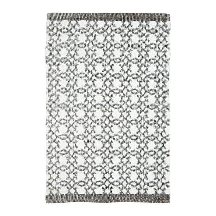 Dieser elegante Teppich im zeitlosen Design von GreenGate wurde aus 100% Baumwolle hergestellt. Der Läufer passt wunderbar in ihr Badezimmer, Schlafzimmer oder den Flur.