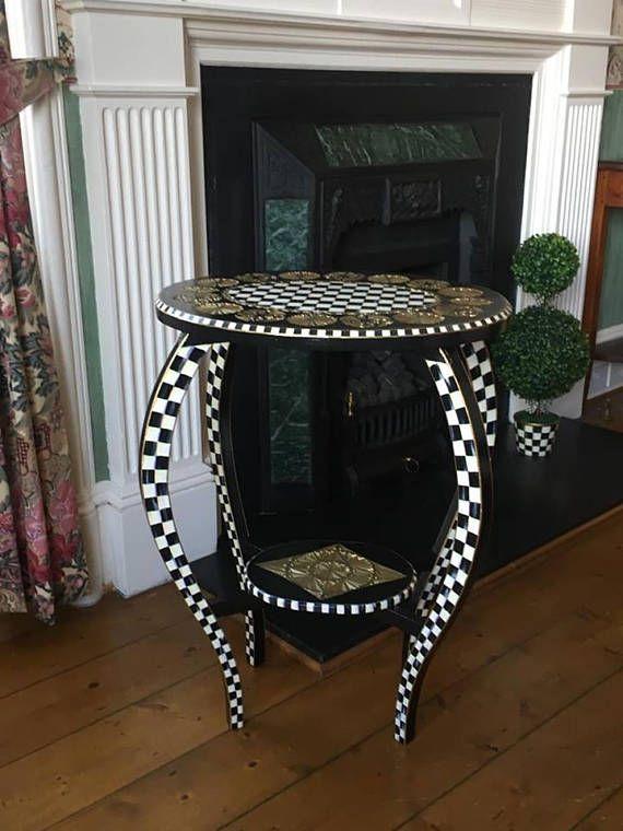 die 25 besten bemalte m bel ideen auf pinterest nachbearbeitete m bel m belideen und grau. Black Bedroom Furniture Sets. Home Design Ideas