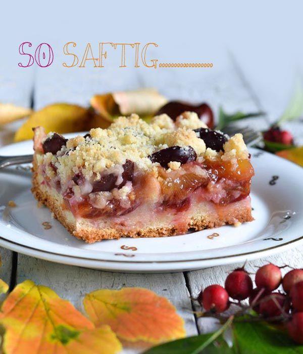 Zwetschgen oder Pflaumenkuchen mit Zwillingsteig, dem besten Untergrund für saftige Früchte überhaupt.  Saftiger Pflaumen-Blechkuchen mit Streuseln