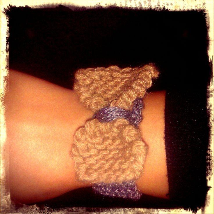 bracelet, bow, wool