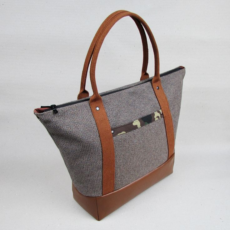 """#insettoamaro """"Going South"""" #WeekendBag Hemp and Camo canvas with Brown eco leather Goatskin keychain"""