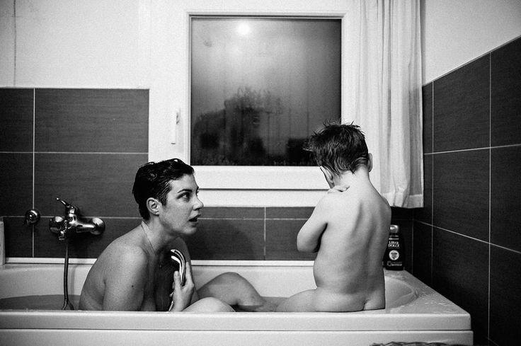 Un uomo fa il bagno con mia moglie #antoniorasicaldogno