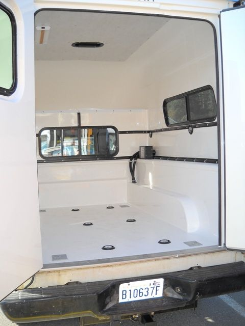 1000 ideas about truck canopy on pinterest camper for Garage peugeot agde