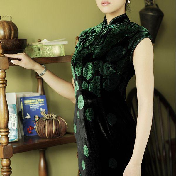 Shanghai Silk Chinese Bespoke Cheongsam Robes
