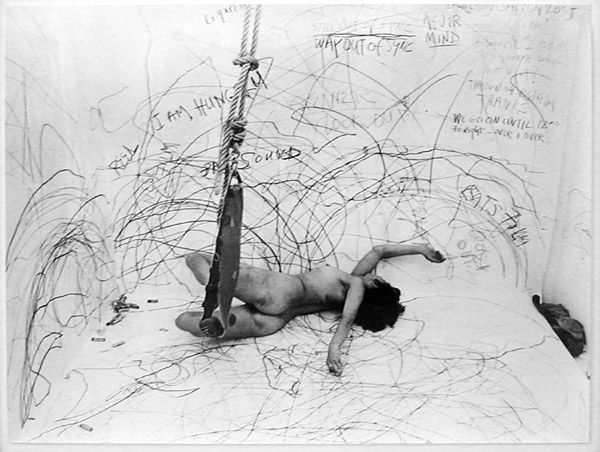 Carolee Schneemann. Up to and Including Her Limits, Berlin, 1976.
