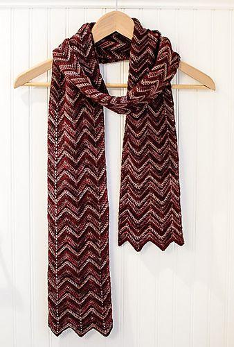 Three-Color Ripple Scarf pattern by Kara Gunza