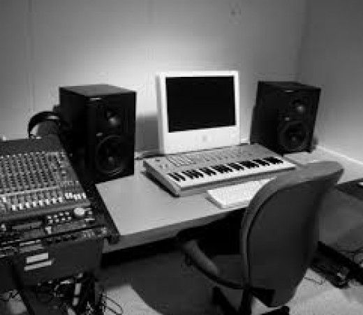 This page is about how to build a music recording studio in your home. The Hub will cover everything from assembling a music studio to recording and producing beats like a professional.