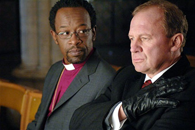 Peter Firth and Lennie James in Spooks (2002)