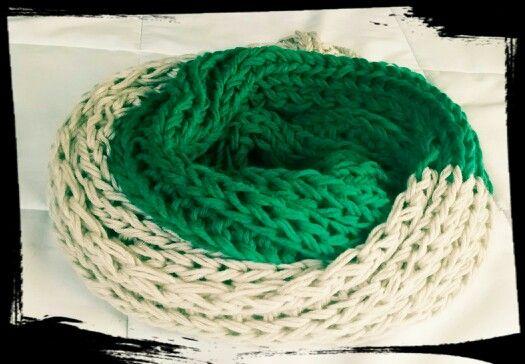 Verde con beige! Cuello lana! Larguisimo