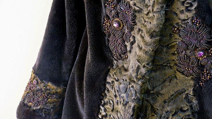 Купить каракуль и норка - коричневый, жакет из норки, куртка из норки, Вышивка бисером, шоколадная каракульча