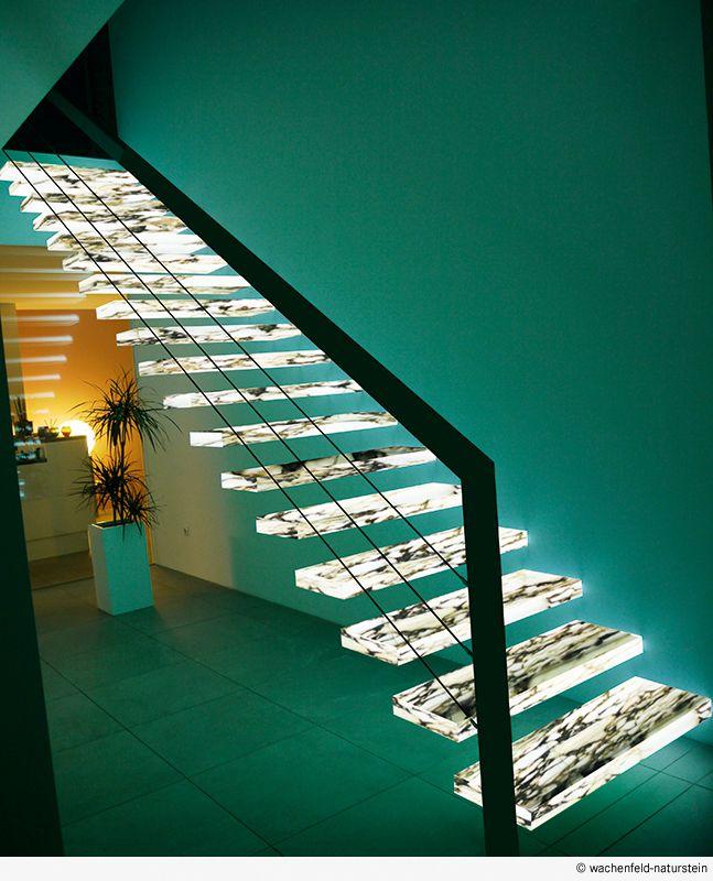 die beleuchtung deines treppenhauses muss nicht langweilig. Black Bedroom Furniture Sets. Home Design Ideas