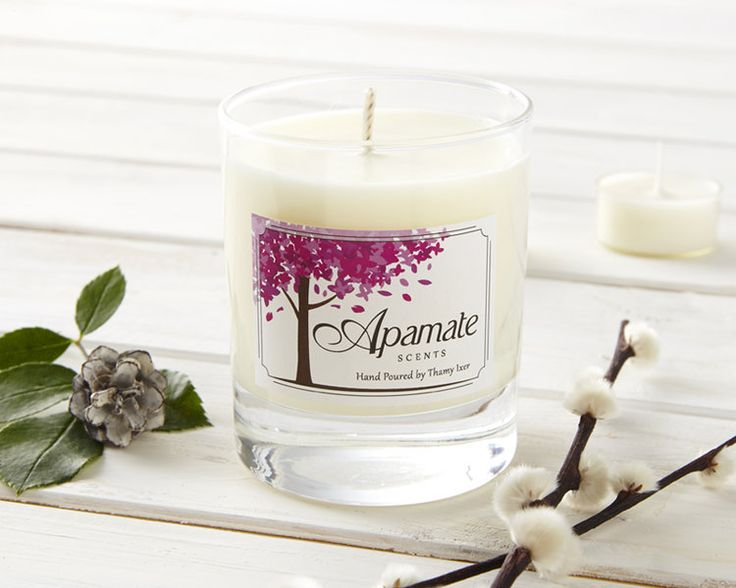 Day 5: Win a eucalyptus & pine scented candle by Apamate Scents!