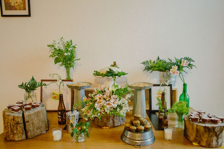 Dessert table with a rustic, country side style.
