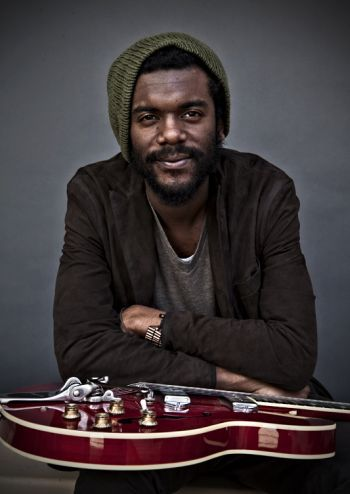 gary clark jr. Thid guy is amazing!!!!!!