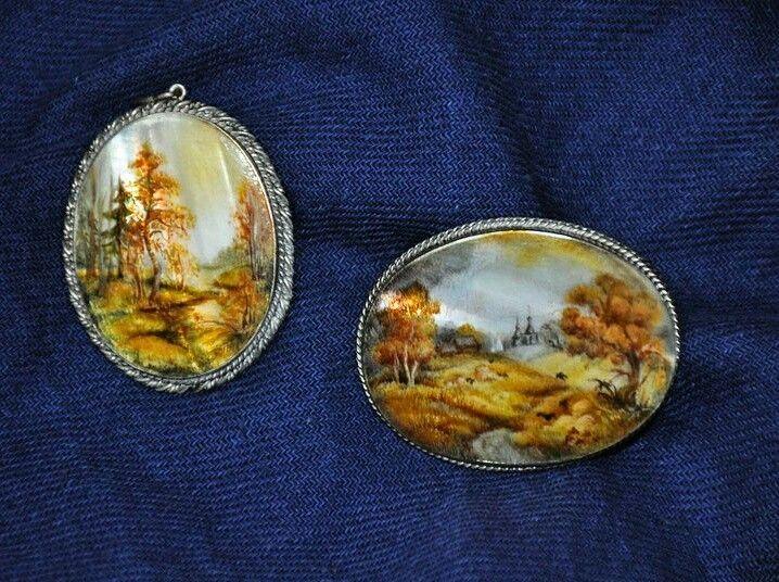 Лаковая миниатюрная живопись. Брошь и кулон. Украшение для женщин #искусство#творчество#идея#украшение#дизайн