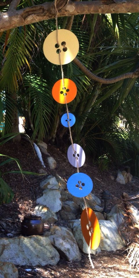 Giggle and Hoot button decoration string by GOTMEPEGGED on Etsy, $4.95