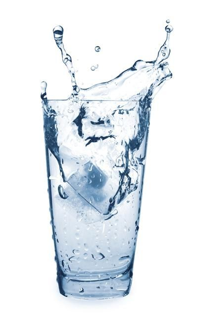 Weight loss tip: Sometimes the brain confuses thirst with hunger. If you feel hungry, try drinking water first.