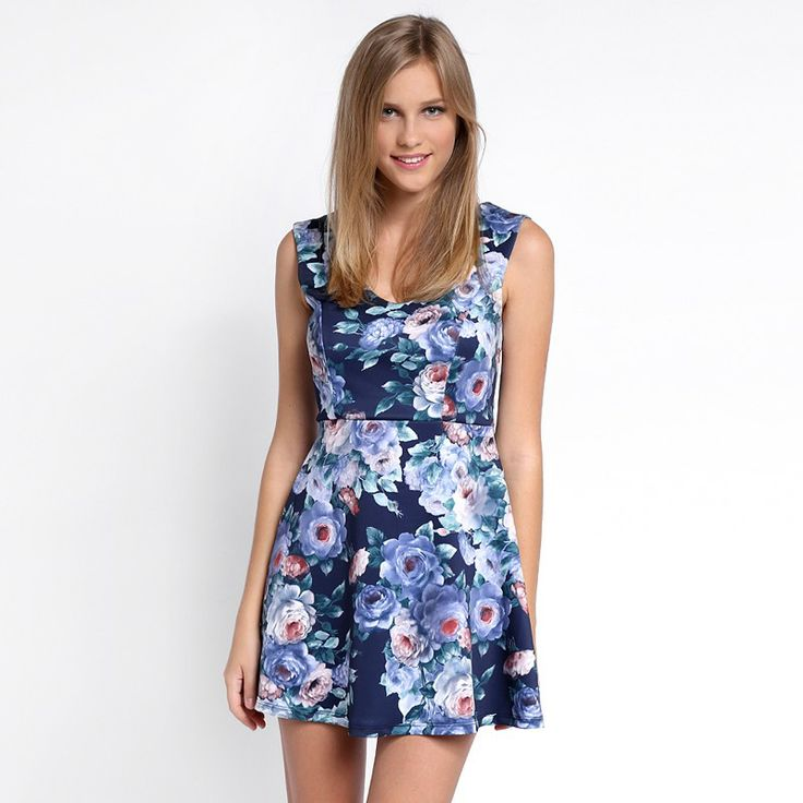 Autumn/Winter 2014 | FULLAHSUGAH FLORAL PRINT SKATER DRESS | €29.90 | 3422101730 | http://fullahsugah.gr
