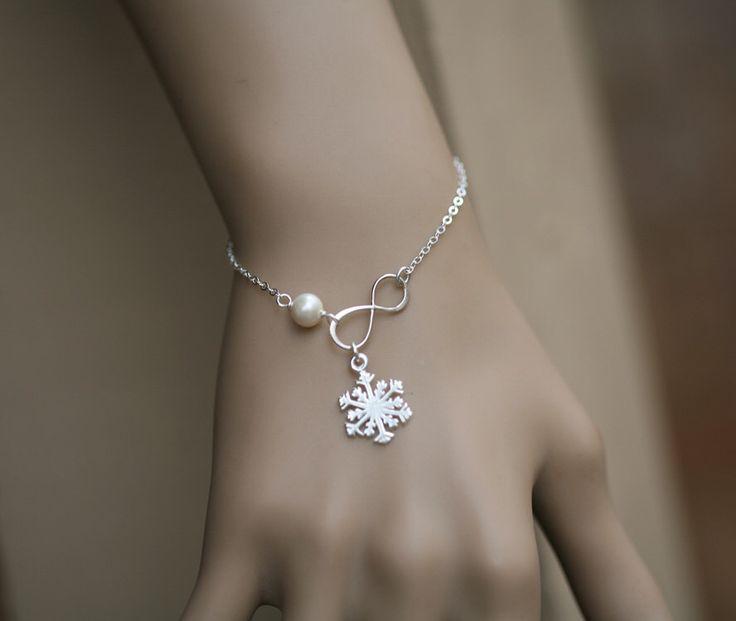 Pulseira de floco de neve, pulseira de pérolas infinito, presente de casamento de inverno, melhores amigas, floco de neve e infinito, presentes de dama de honra, jóias de noiva de casamento   – Snowflake