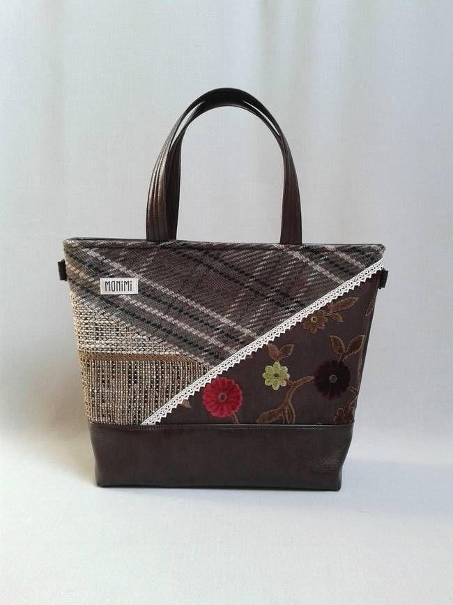 Szereted a csokit? Ez a táska neked való! Gyönyörű barna szövet anyagokat kombináltam össze patchwork technikával. A csokibarna textilbőr pedig nagyon szép keretet ad a díszítésnek. Base-bag női #táska