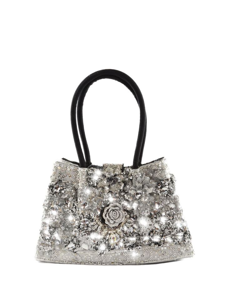 MARRAKECH / DIAMOND  This model is the medium size model in the Louis Asscher collection. This size is perfect for ladies that like an in-between size plenty of room to store your belongings but still very comfortable to wear. You can use this bag for leisure to go to the office or visit clients. You will make a lasting impression with this bag! Remember each and every handbag is handmade and unique - no two Louis Asscher handbagsarethe same - the bag that is delivered to you is this exact…