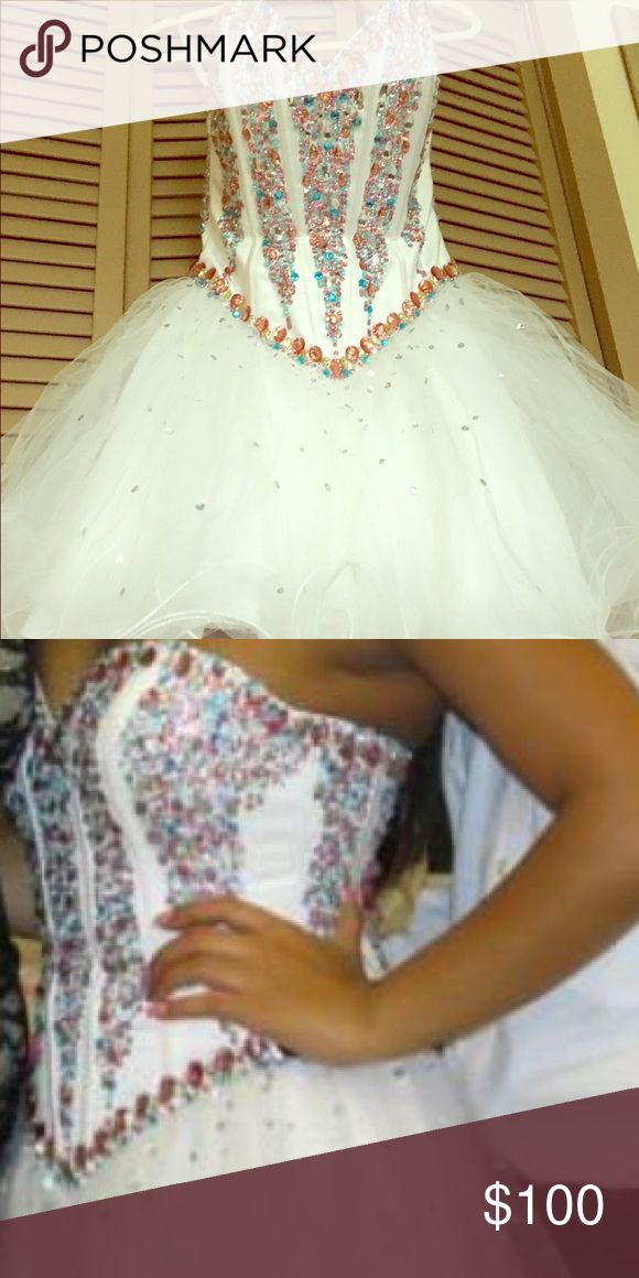 Party dress for teenagers Beautiful party dress in a good condition was for a sweet 16 only wear once Dresses Prom