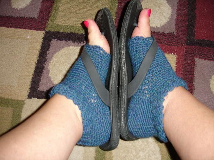yarns and musings: Crocheted Pedicure Socks-Free Pattern