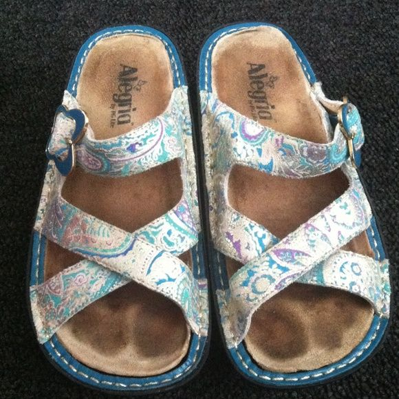 Blue Metallic Pattern Alegria Sandals Inserts are really worn, but the shoes themselves are in great condition. Alegria Shoes Sandals