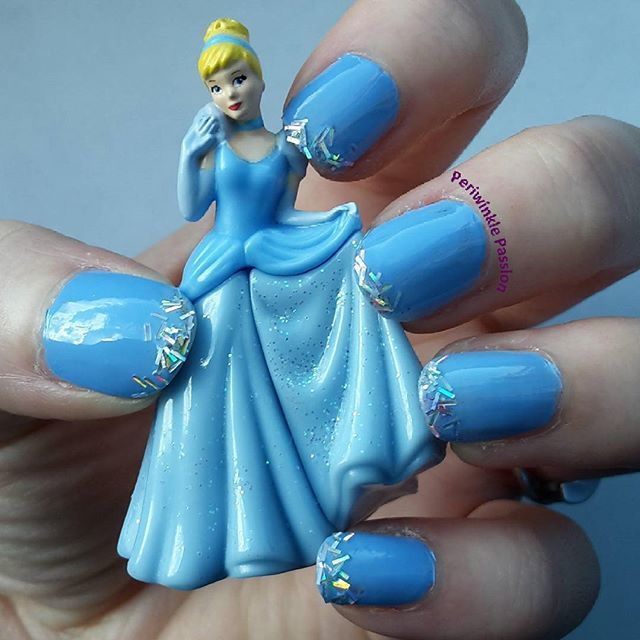 Cinderella Nail Art. YouTube Tutorial: https://youtu.be/YZeSPfUrW-4