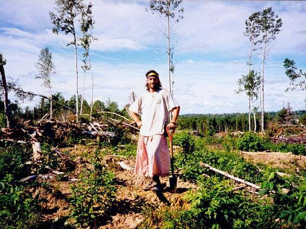 Tree planting sucks. It is a backbreaking, foot aching, knee rattling, elbow-jarring hellhole of a way to spend eight weeks