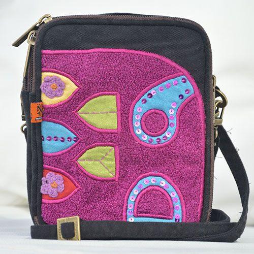 Simply Byroon : IDR 117,000 or buy by $9 - info : info@mudagaya.com