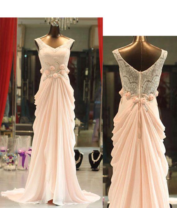 Very much like christine 39 s masquerade dress from phantom for Phantom of the opera wedding dress