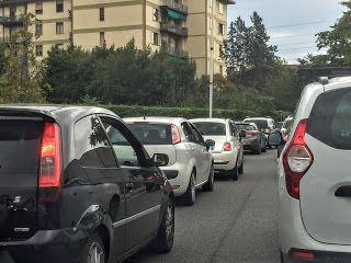 Spazio Informazione Libera: Firenze, un ingorgo di traffico