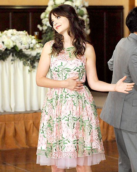 Yes girl! On the season premiere of New Girl, the adorable leading lady returned with a fabulous floral attire.