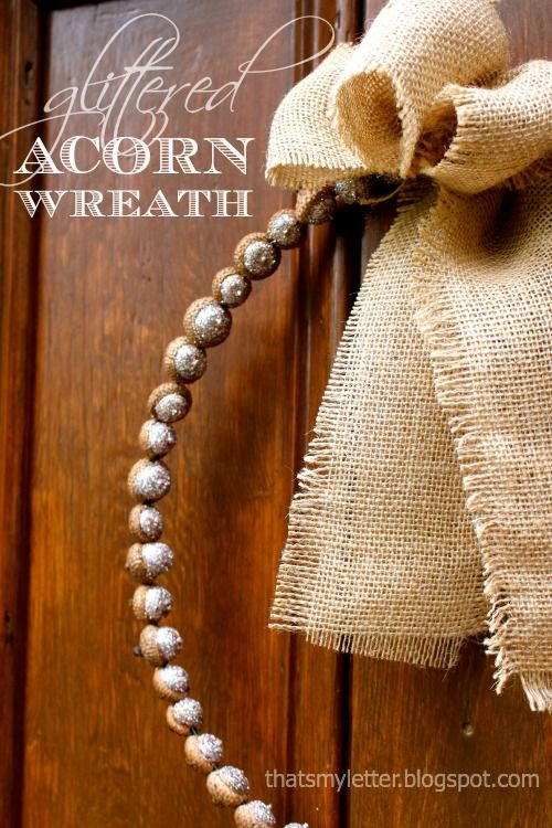 Got acorns? Then you can make this beautiful acorn Wreath