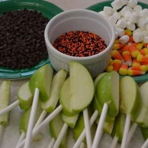 caramel apple bar! I just told Mom today that we need to have a caramel apple bar at our Halloween get together.