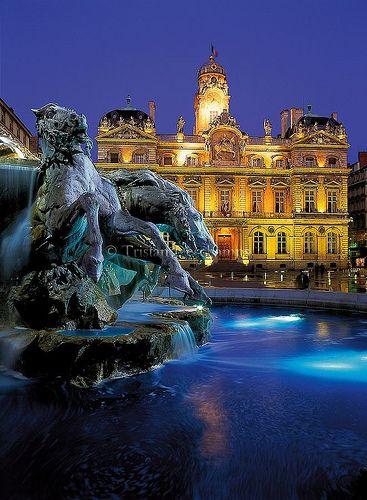 Place des Terreaux   Lyon