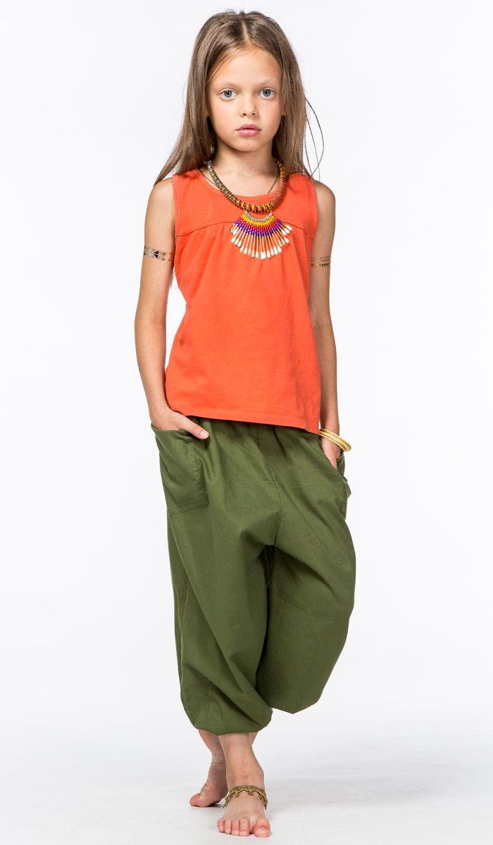 http://indiastyle.ru/products/18446 Детские штаны для девочки цвета хаки, одежда из Индии в этно стиле. 640 рублей