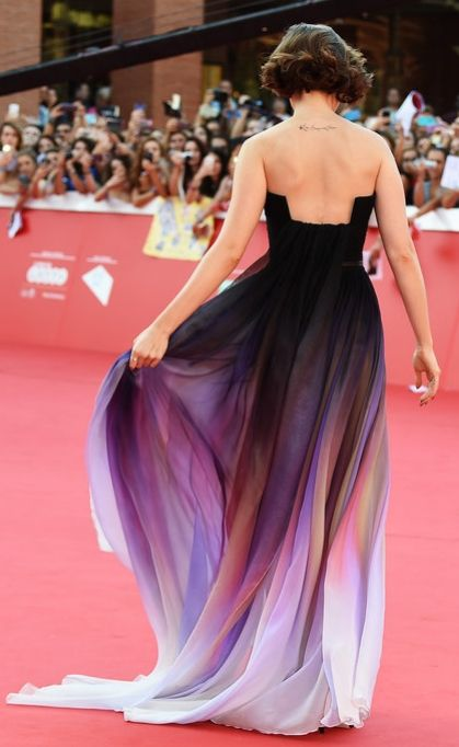 The back of Lily Collins's Elie Saab dress was RIDICULOUS!