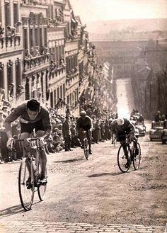 Uma corrida de Julias no instagram do Marco em 1981 @marco23