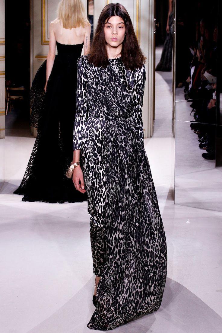 gorgeous giambattista valli s/s 2013 dress. ugly model.