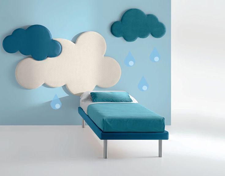 Kids' World di Samoa divani, il luogo preferito dai più piccoli: cameretta Cloud con completo di lenzuola in raso.
