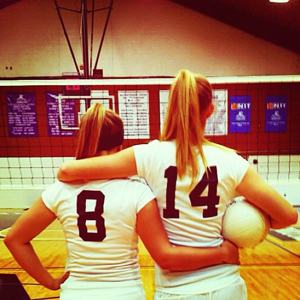 Round two of Davis volleyball with my bestie! #sophomoreyear #davisny #volleyball (photo by Alainey S)