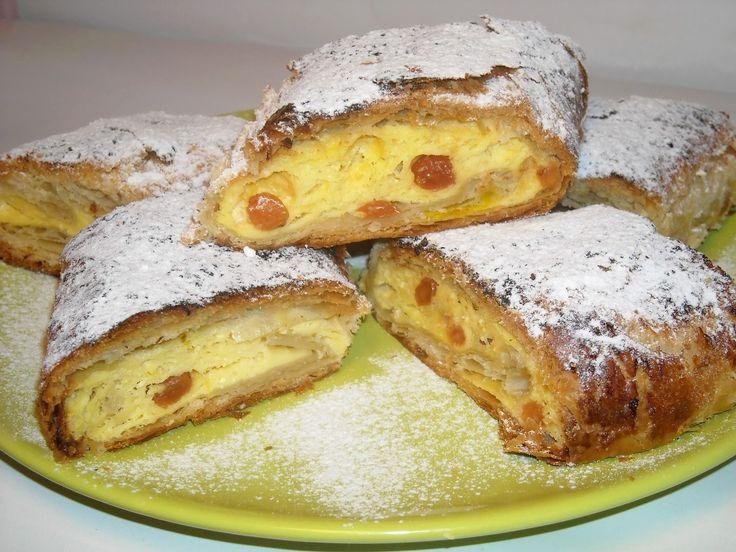 Les plats roumaines: Strudel au fromage cottage