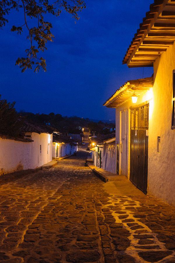 Barichara un pueblo tranquilo, que guarda la esencia de su pasado colonial Tranquility by Andreas Philipp on 500px
