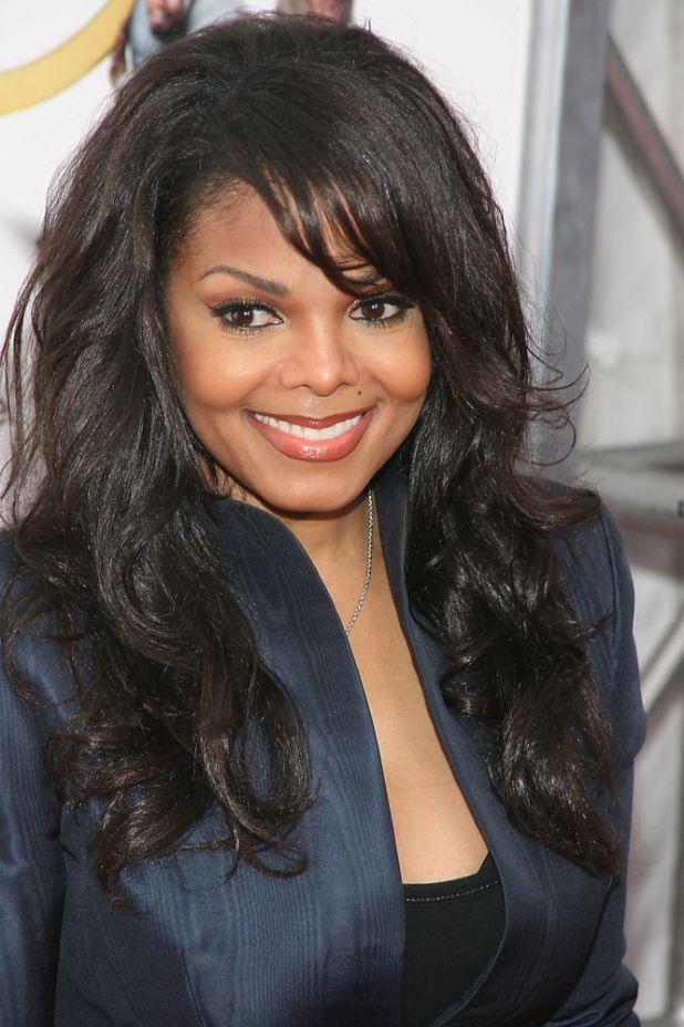 Fans & Plastic Surgeon Fear Janet Jackson's Nose Is 'Collapsing!' | Black America Web